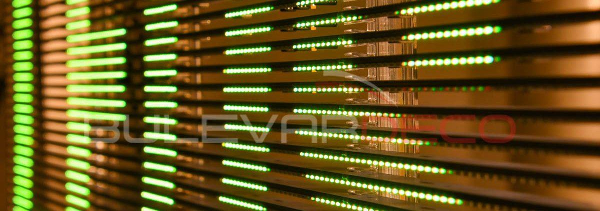 Pantalla led transparente de alta luminosidad, poster led, pantalla digital signage, pantalla de publicidad, pantalla led para tiendas